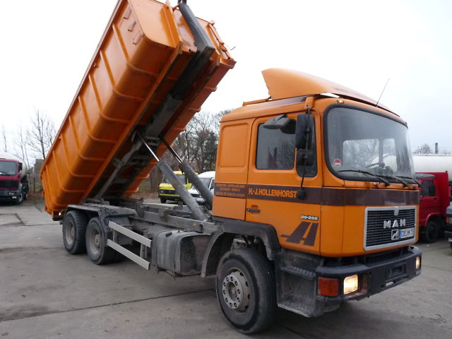 MAN 26.292 6x4 Blatt / Blatt german truck