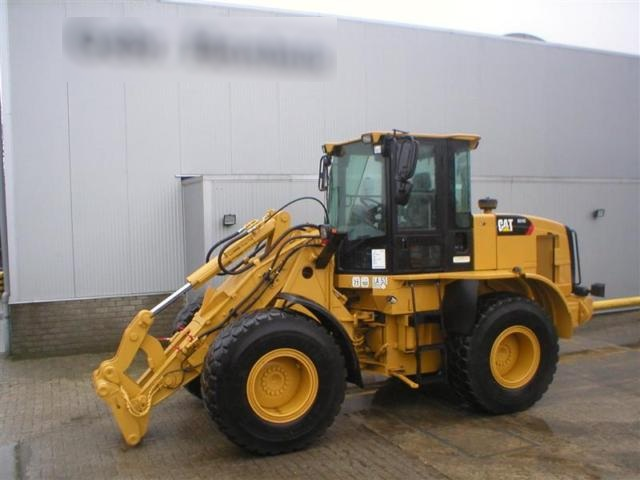 CAT 924 G + 3 additional parts