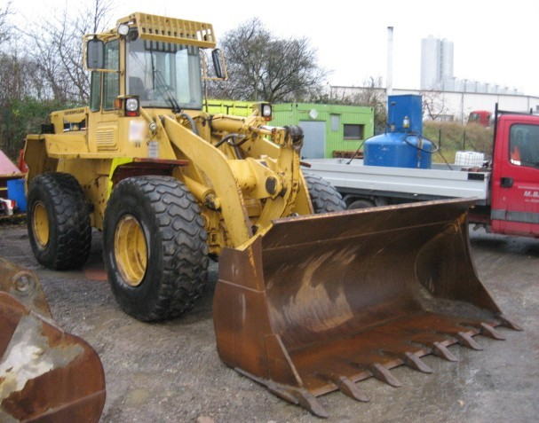 CAT 936 F SW, Schaufel, Gabel