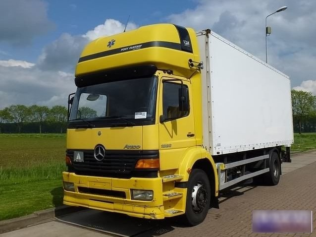Mercedes-Benz 1828 L TOPSLEEPER MANUAL