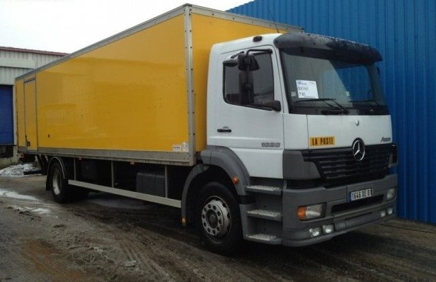Mercedes-Benz Atego 1828 Manual